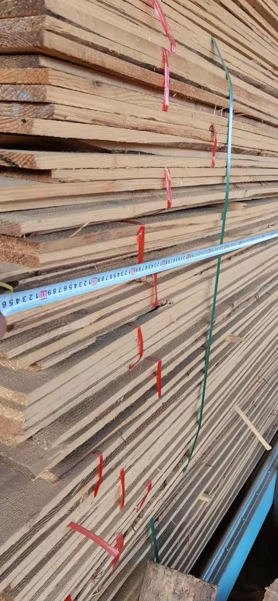 太仓柳杉修边板1.5厚自然宽4米1长