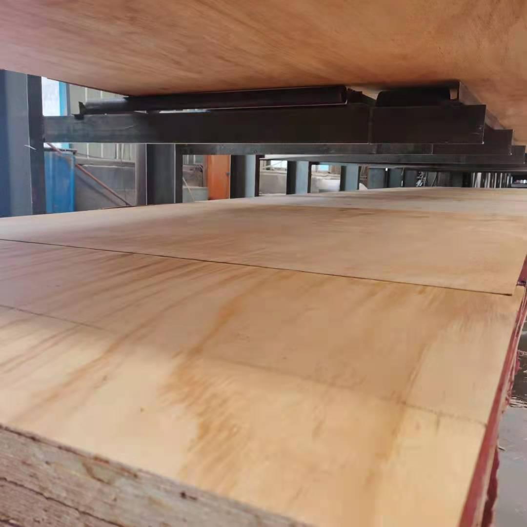 全力保障木材产业平稳运行